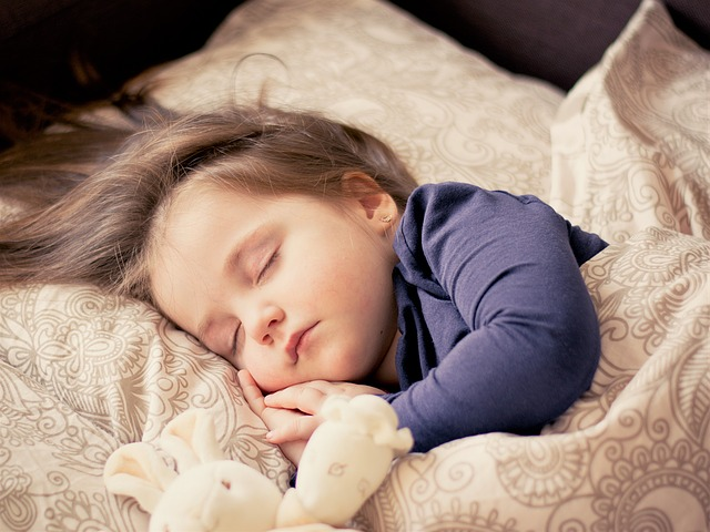 寝る子は育つ!!その科学的根拠とは?子供に早寝をさせる3つの方法!!